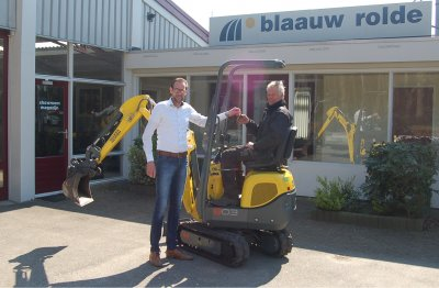 Kleinste graafmachine geleverd met het grootste plezier!